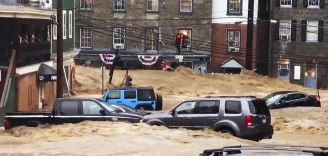 Inundaciones repentinas azotan ciudad en Maryland. Foto: AP
