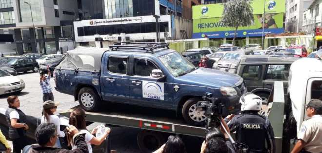 El vehículo fue encontrado en una calle de Mataje, Esmeraldas. Foto: Twitter