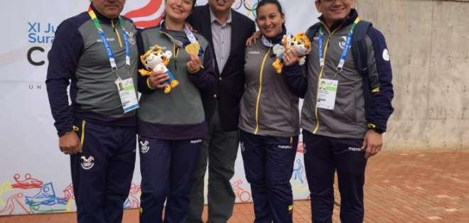Diana Durango y Marina Pérez lograron sus medallas en la modalidad de pistola 25 m. Foto: @DeporteEc