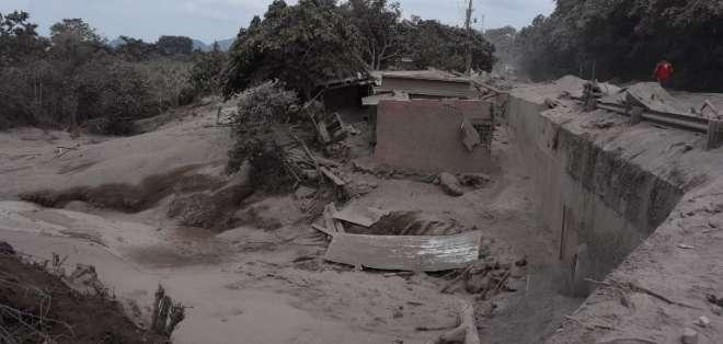 La erupción del domingo dejó 46 personas heridas y 1,7 millones afectadas, según autoridades. Foto: AFP
