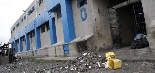 Autoridades de justicia responsabilizan a la banda Lating Kings de desastres en cárcel. Foto: Twitter Justicia.