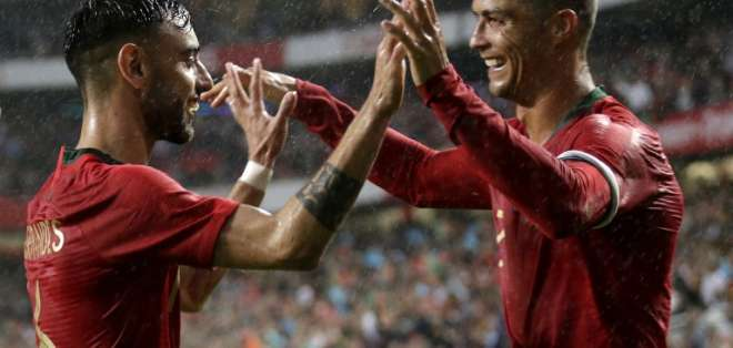 Cristiano Ronaldo cumplió 150 partidos con la selección 'lusa'. Foto: JOSE MANUEL RIBEIRO / AFP
