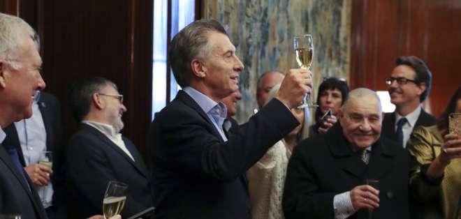 Directorio ejecutivo examinará el plan económico de Argentina en los próximos días. Foto: AP