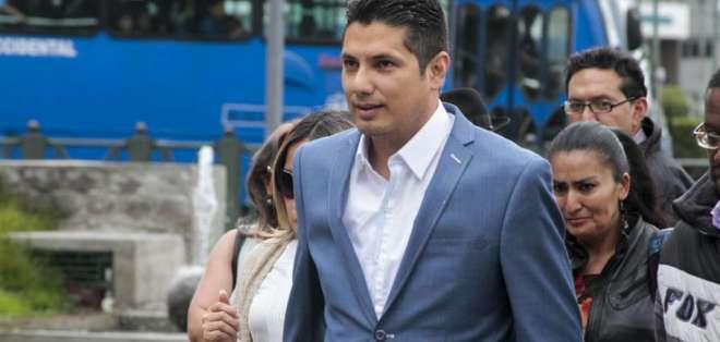QUITO, Ecuador.- Fernando Balda acusa a Chiriboga de estancar la investigación, cuya denuncia se presentó en el 2013. Foto: API