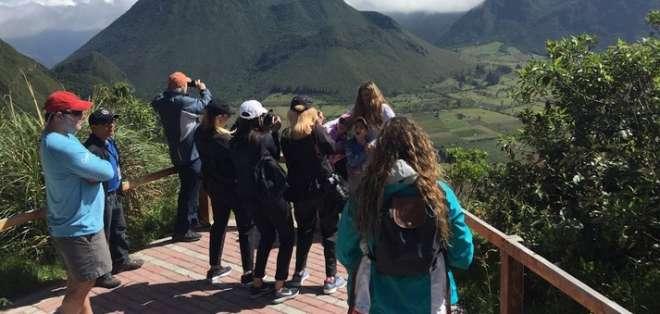 PULULAHUA, Ecuador.- Los turistas llegan mayormente en verano, entre los meses de junio a septiembre. Foto: Ecuavisa