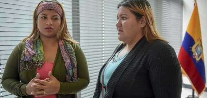 Elvia Villacís y Ana Velasco viajaron a Colombia. Foto: AFP