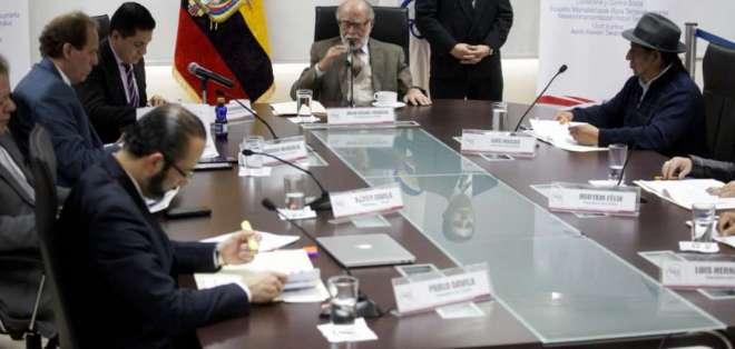 QUITO, Ecuador.- El organismo ratificó la cesación de funciones de Gustavo Jalkh y del resto de vocales. Foto: API