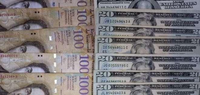 La mayor brecha social y económica del país la marca tener o no dólares.
