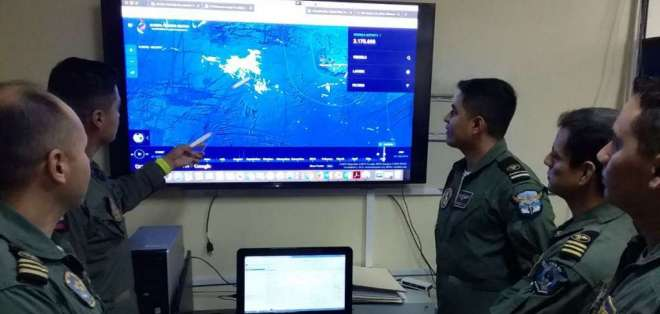 El 5 de junio de 2018, la Armada de Ecuador dio la alerta de los buques chinos. Foto: Twitter Ministerio de Defensa