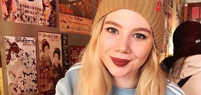 A Katy Johnston le indujeron la menopausia a los 22 años.