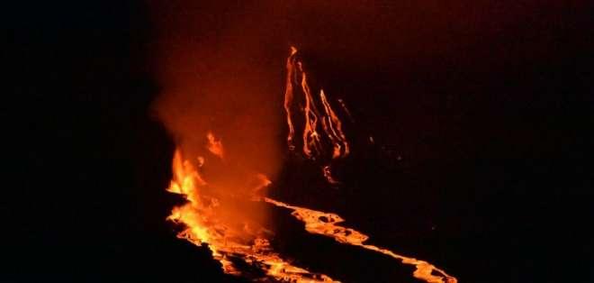 El volcán Fernandina vuelve a activarse en menos de un año. Foto: AFP
