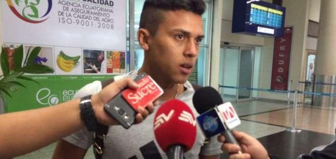 Los derechos de Richard Calderón le pertenecen a Barcelona. Actualmente milita en la Universidad Católica. Foto: Ecuagol