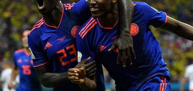 KAZÁN, Rusia.- Yerri Mina (derecha) anotó el primer gol de Colombia. Foto: AFP