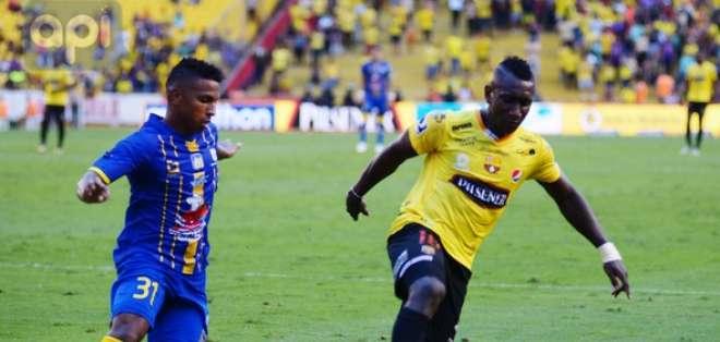 GUAYAQUIL, Ecuador.- Erick Castillo marcó un doblete en este cotejo. Foto: API