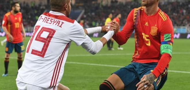 Africanos y europeos empataron 2-2 en Kaliningrado. Foto: Attila KISBENEDEK / AFP