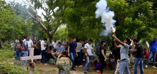 La violencia ha dejado unos 200 muertos en dos meses de protestas. Foto: AP