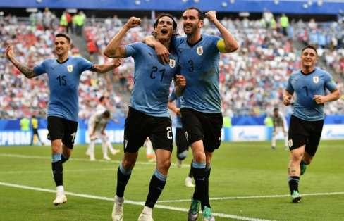 Los 'celestes' esperan rival del grupo B donde España, Irán y Portugal pueden clasificar. Foto: Fabrice COFFRINI / AFP
