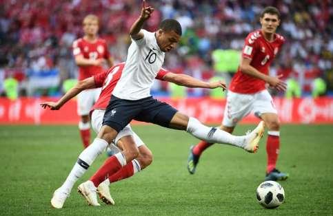 Los franceses pasaron primeros del grupo C y los daneses segundos. Foto: FRANCK FIFE / AFP