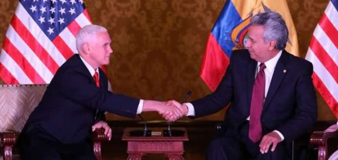Moreno dio la bienvenida al vicepresidente estadounidense Mike Pence. Foto: Presidencia