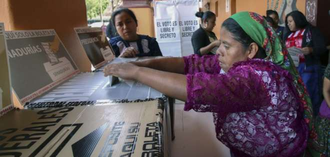 Abren mesas de votación en México para elegir presidente y otros 18.000 cargos. Foto: AFP