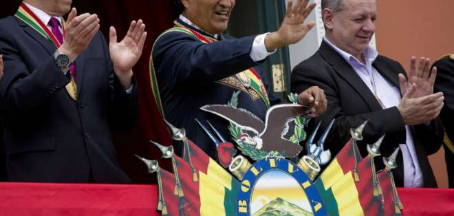 """""""Estamos contigo Hno. Correa ¡Venceremos!"""", expresó Evo Morales. Foto: Archivo AP"""