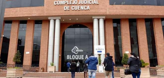 Se evalúan las circunstancias en las que ocurrió el crimen en la cárcel de Turi. Foto: Captura.