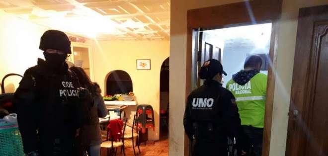 Las autoridades ejecutaron 3 allanamientos e incautaron varias evidencias. Foto: Fiscalía
