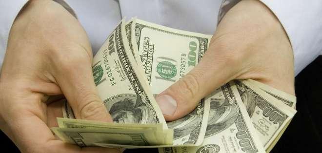 Agricultores denunciaron irregularidades en un préstamo de $5 millones del Banco de Fomento. Foto referencial AFP