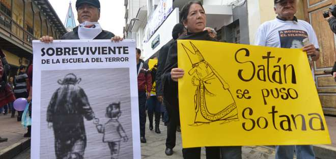Alvarado participó de las marchas y protestas contra el sacerdote Cordero. Foto: API.