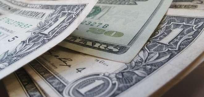 Ellos nunca recibieron dinero de millonario préstamo, pero constan como deudores. Foto referencial / pixabay.com