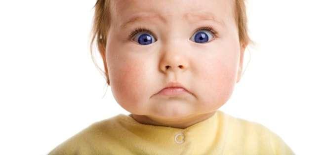La frecuencia de parpadeo de un bebé es hasta 15 veces menor a la de un adulto. Foto: GETTY IMAGES