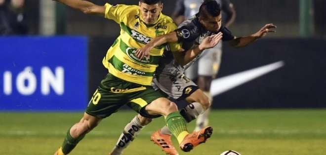 El partido de vuelta se jugará el 31 de julio en el Olímpico Atahualpa. Foto: EITAN ABRAMOVICH / AFP