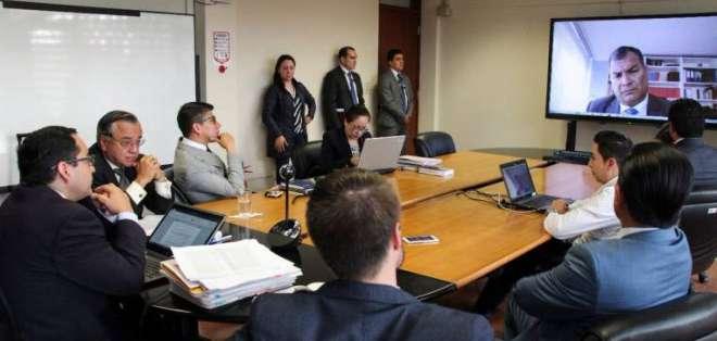 ECUADOR.- La Fiscalía pediría además nuevas medidas cautelares contra Correa por donación de casa. Foto: Archivo
