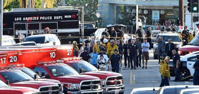 Policía detiene a tirador atrincherado en supermercado de EEUU. Foto: AFP