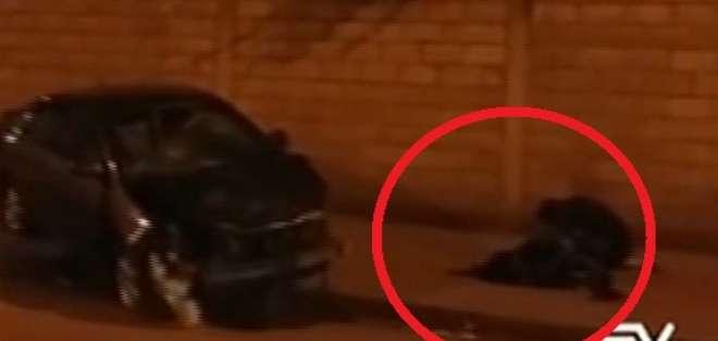 Una niña de 5 años falleció y otra menor perdió sus piernas. Foto: Captura de video