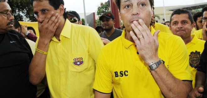 GUAYAQUIL, Ecuador.- Carlos Alfaro Moreno junto a José Francisco Cevallos dirigen Barcelona S.C. desde el 2015. Foto: Estadio