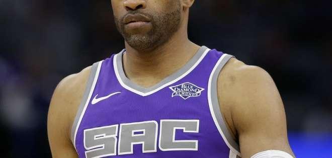 Con 41 años, Vince Carter es el jugador más longevo disputando la NBA. Foto: AP