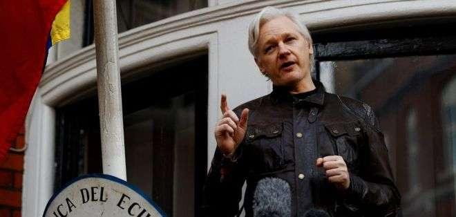 Julian Assange lleva seis años refugiado en la embajada de Ecuador en Londres.
