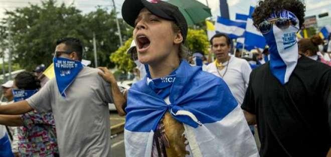 Las protestas contra el gobierno han dejado entre 295 y 448 muertos en más de tres meses. Foto: EFE.