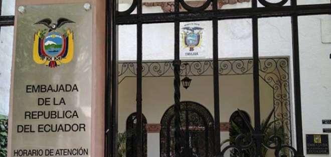 Ecuador aún no define fecha para el retorno de embajadores a Caracas y La Paz.
