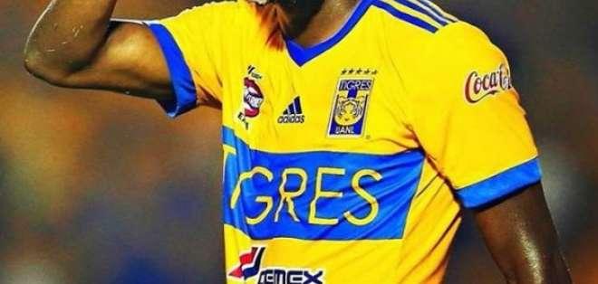 El representante del delantero ecuatoriano aseguró que no es seguro su regreso a la 'Tri'. Foto: Tomada de @ennervalencia1
