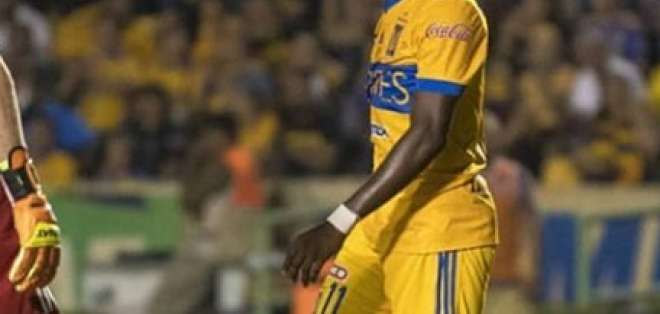 El delantero ecuatoriano hizo el quinto tanto para su equipo. Foto: Tomada del Instagram @ennervalencia1