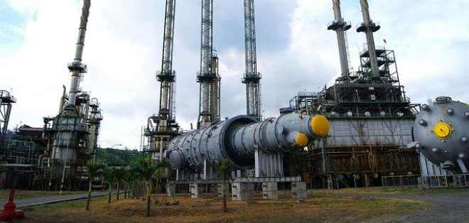 Acusan a la refinería de Esmeraldas de contaminar el sector, Foto: Archivo