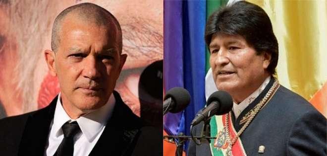 BOLIVIA.- El mandatario boliviano invitó a Banderas al salar de Uyuni, el mayor desierto salino del mundo. Collage: Ecuavisa