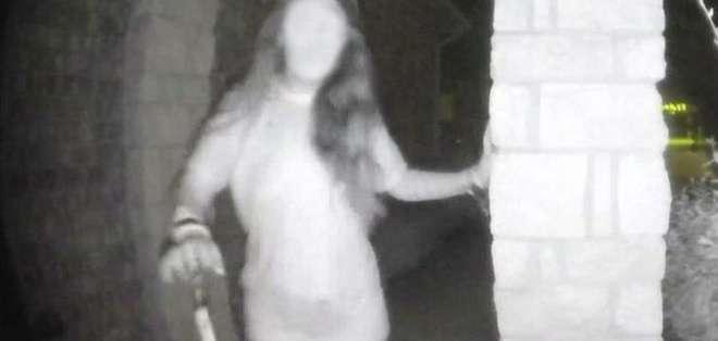 La mujer fue captada cuando pedía ayuda en la madrugada del viernes. Foto: POLICÍA DEL CONDADO DE MONTGOMERY