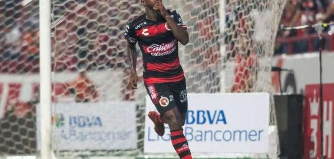 TIJUANA, México.- El ecuatoriano Miller Bolaños anotó el único gol del cotejo.