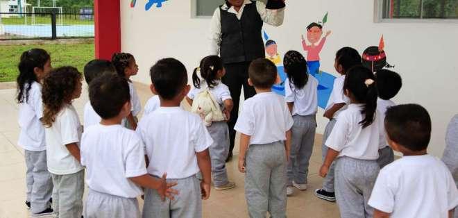 El año lectivo se inaugura la mañana de este lunes 3 de septiembre de 2018. Foto: Archivo Ministerio Educación