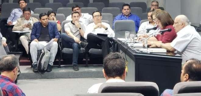 Jorge Reinoso (blanco). foto: Tomada de