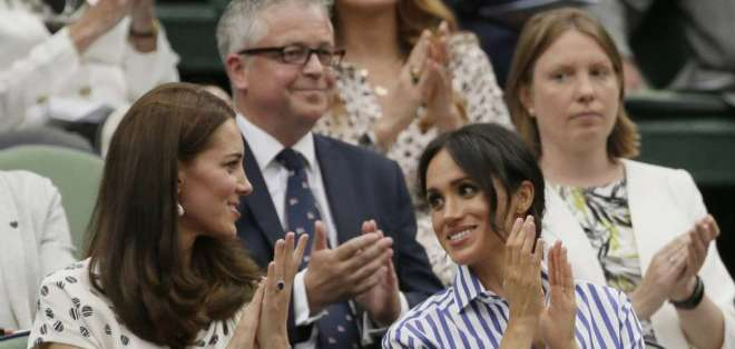Escalofriante visión de Kate Middleton y Meghan Markle de ancianas. Foto: AP - Archivo