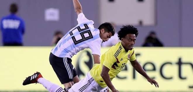 EAST RUTHERFORD, EE.UU.- Juan Guillermo Cuadrado y Ezequiel Palacios jugaron en este cotejo. Foto: AFP